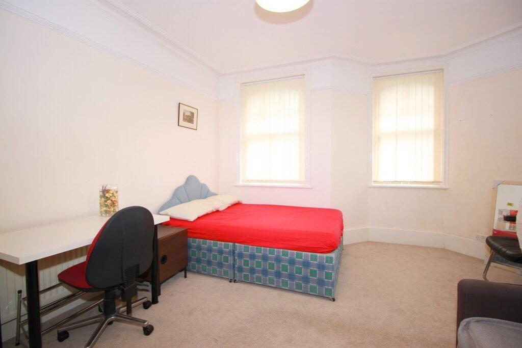 Palmerstone Room E 6